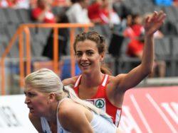 Běh-žen-rozběhy-na-1500-m-Kristiina-Maki-Mezulianiková-Diana-Vrzalová-Simona-8