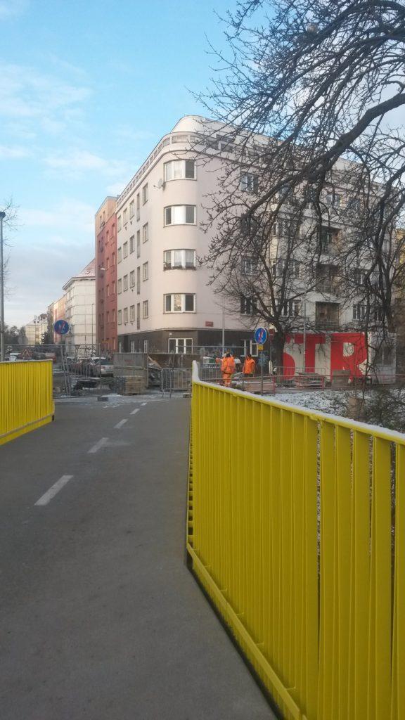Nov l vka pro p a cyklisty p es boti cysnews for Botic hotel